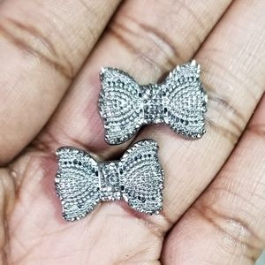 3/$20 ❤❤❤ Antique Silver Bow Stud Earrings